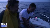 Alexander Kondrashov Все видео Русские в лодке. Второй день без еды. Завтракаем сырой рыбой.