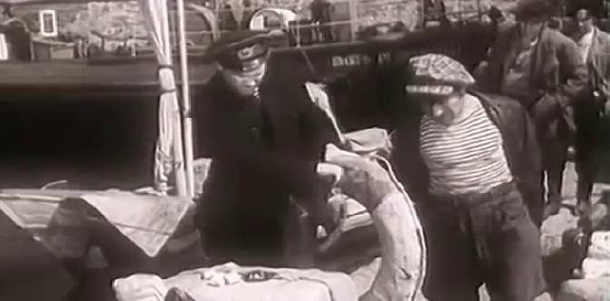 Смотреть Капитан старой черепахи бесплатно